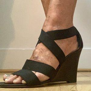 Bandolino Black Strappy Wedge Heel Sandals Size 9